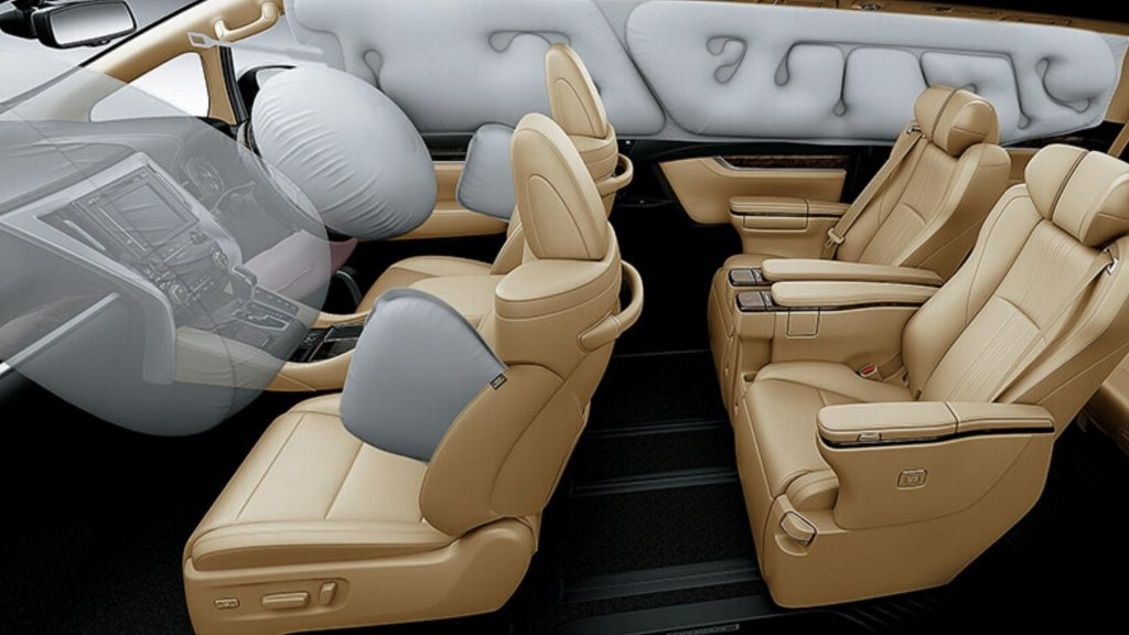 Toyota Vellfire Interior Features