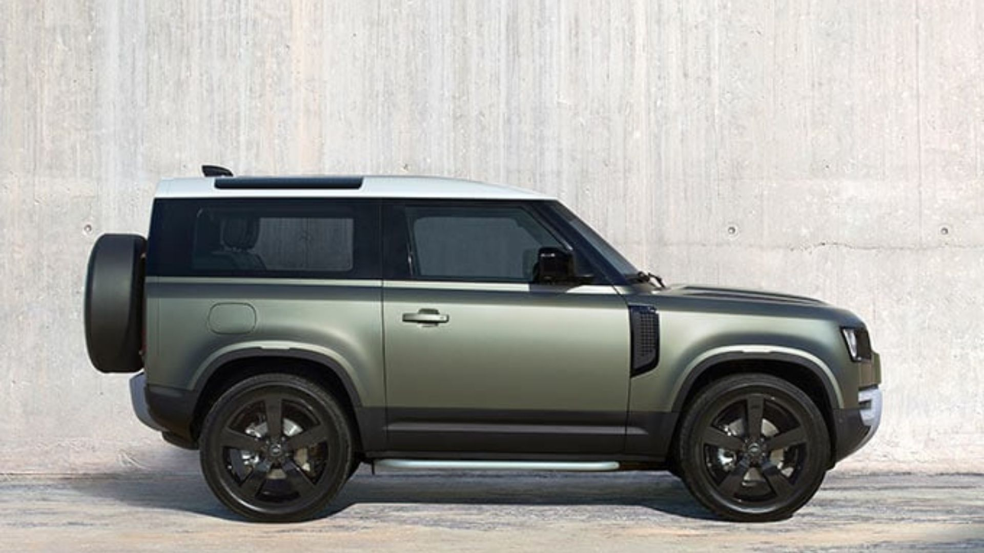 Land Rover Defender 5 Impressive Things