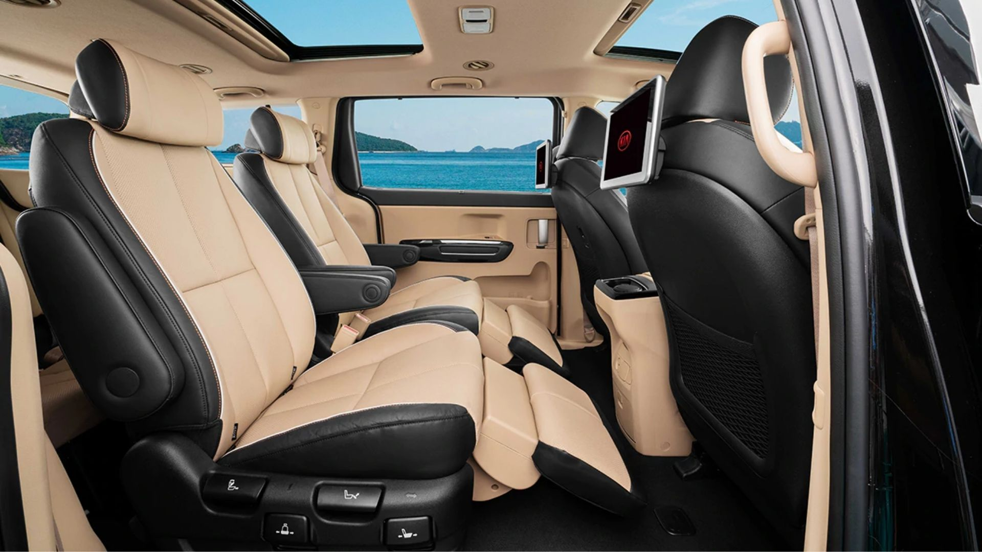 Kia Carnival Interior Features
