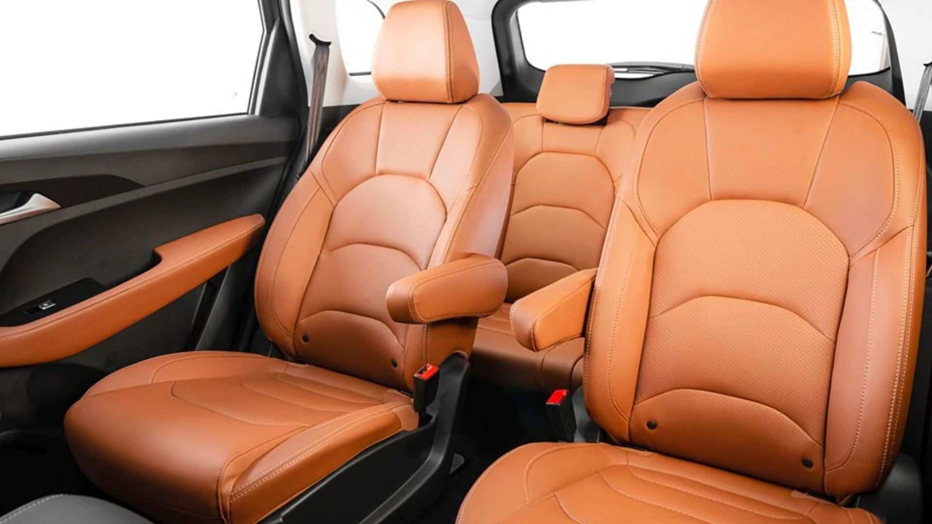 MG Hector Plus 7-Seater Interior Comforts
